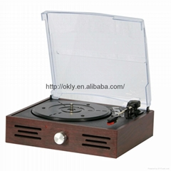 Retro Wooden vinyl turntable player with AM/FM radio 2015