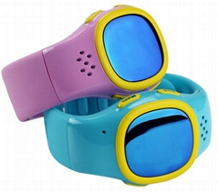 Two Way Communication Child GPS Tracker Watch for Kids with SOS Button 520