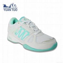 lady sport shoes