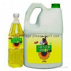 Silver Drop Refined Sunflower oil in Thailand