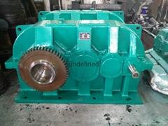 港口机械专用硬齿面减速器ZSY450-25-7CA