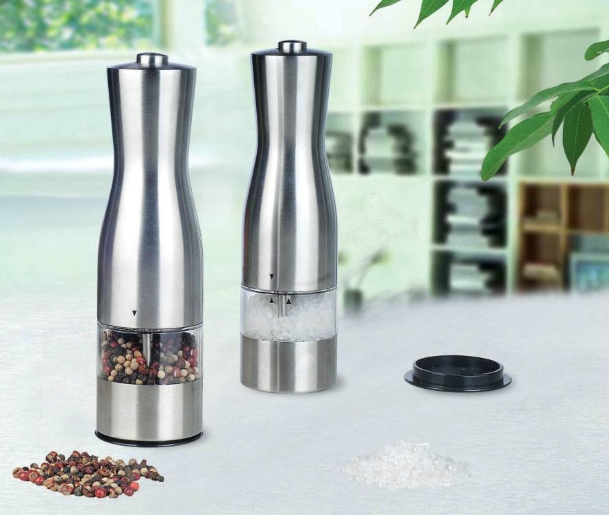 Electric salt and pepper mill 1