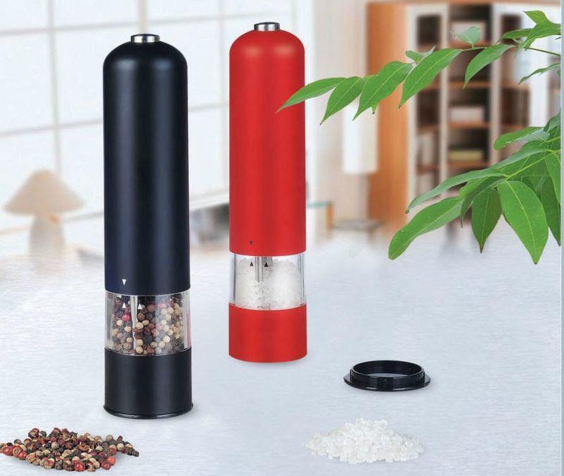 Kitchen pepper mills 1