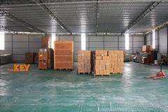 自建香港仓库1700平方米平仓
