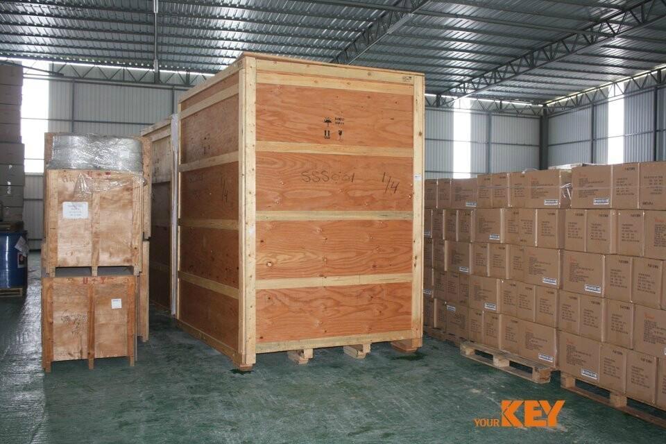 自建香港仓库1700平方米平仓 5