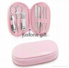 PU cheap promotional manicure gift set