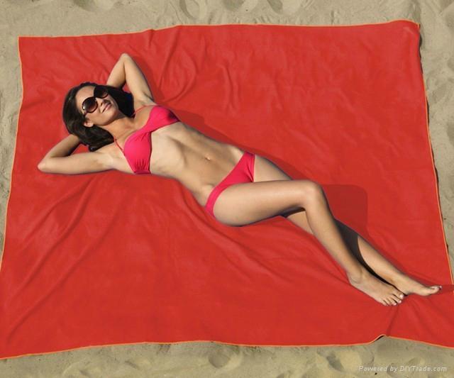microfiber beach towel 1