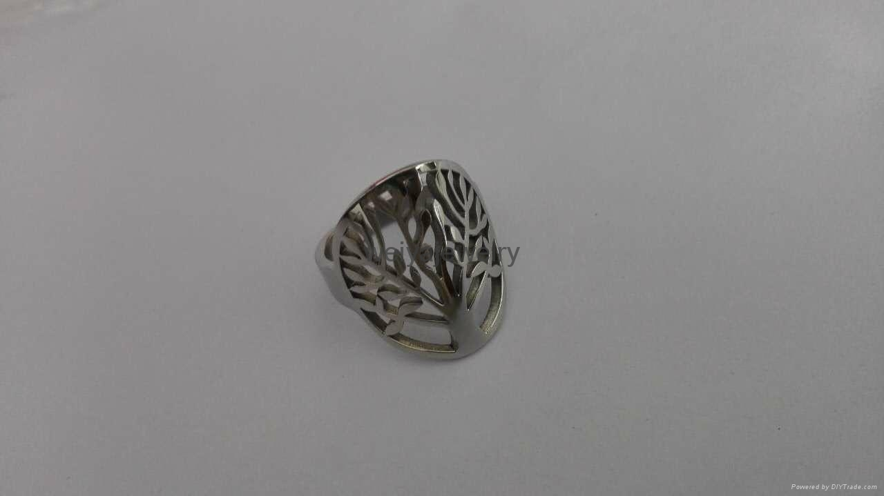 Fashion 316l stainless steel hollow out tree ring  1