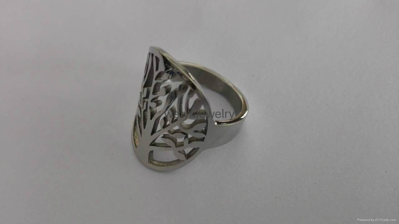 Fashion 316l stainless steel hollow out tree ring  3