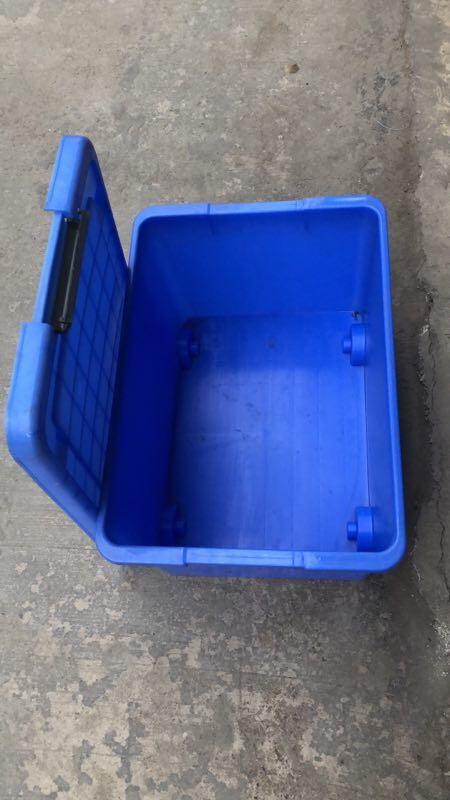 自貢塑料水箱 4
