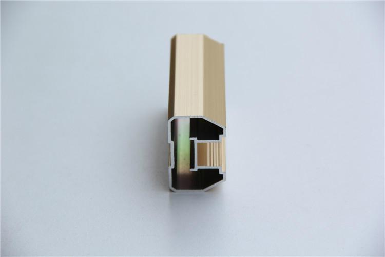 供应衣柜门装饰铝型材 2
