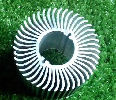 长期供应优质太阳花散热器工业铝型材  1