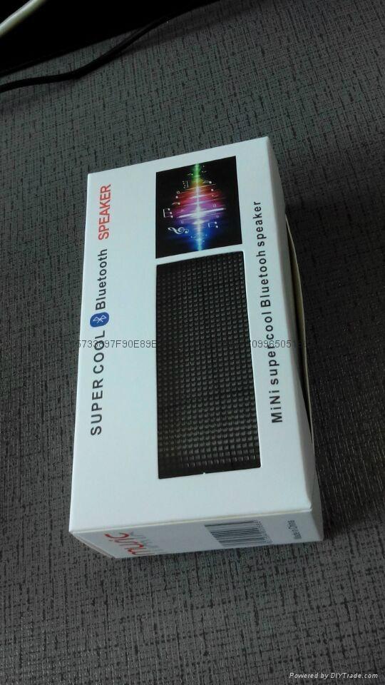 LED彩燈藍牙音響 3