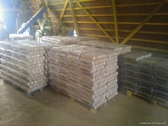 Wood briquettes pini kay prom pine and beech
