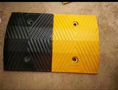 橡胶减速带 路拱 减速坡 道路减速板 交通减速设备