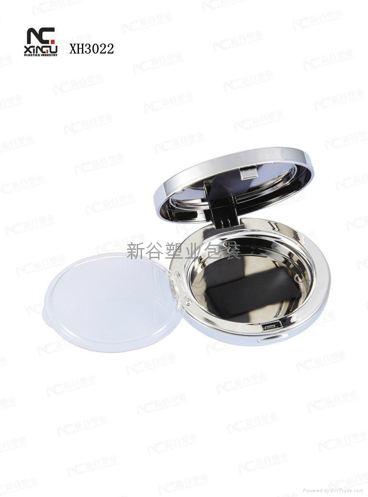 Cosmetic Packaging of Compact Case 3