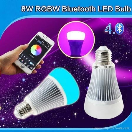futlight LED Music control Bulb Wireless Bluetooth RGB+CCT 8w color changhe LED  3