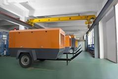 德耐尔新型高压柴油移动螺杆空压机