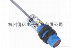 西克(施克)SICK经济型圆柱形光电开关6037477 VTF180-2N41117