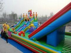 儿童遊樂設備充氣城堡跳跳床價錢