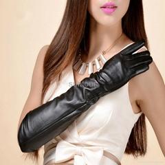 Warm leather gloves