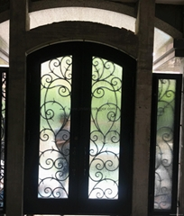 square-double door with sidelight