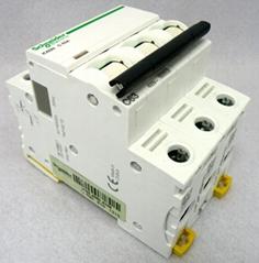 施耐德斷路器IC65N/EA9AN