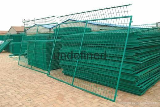 金屬網片防護柵欄 2