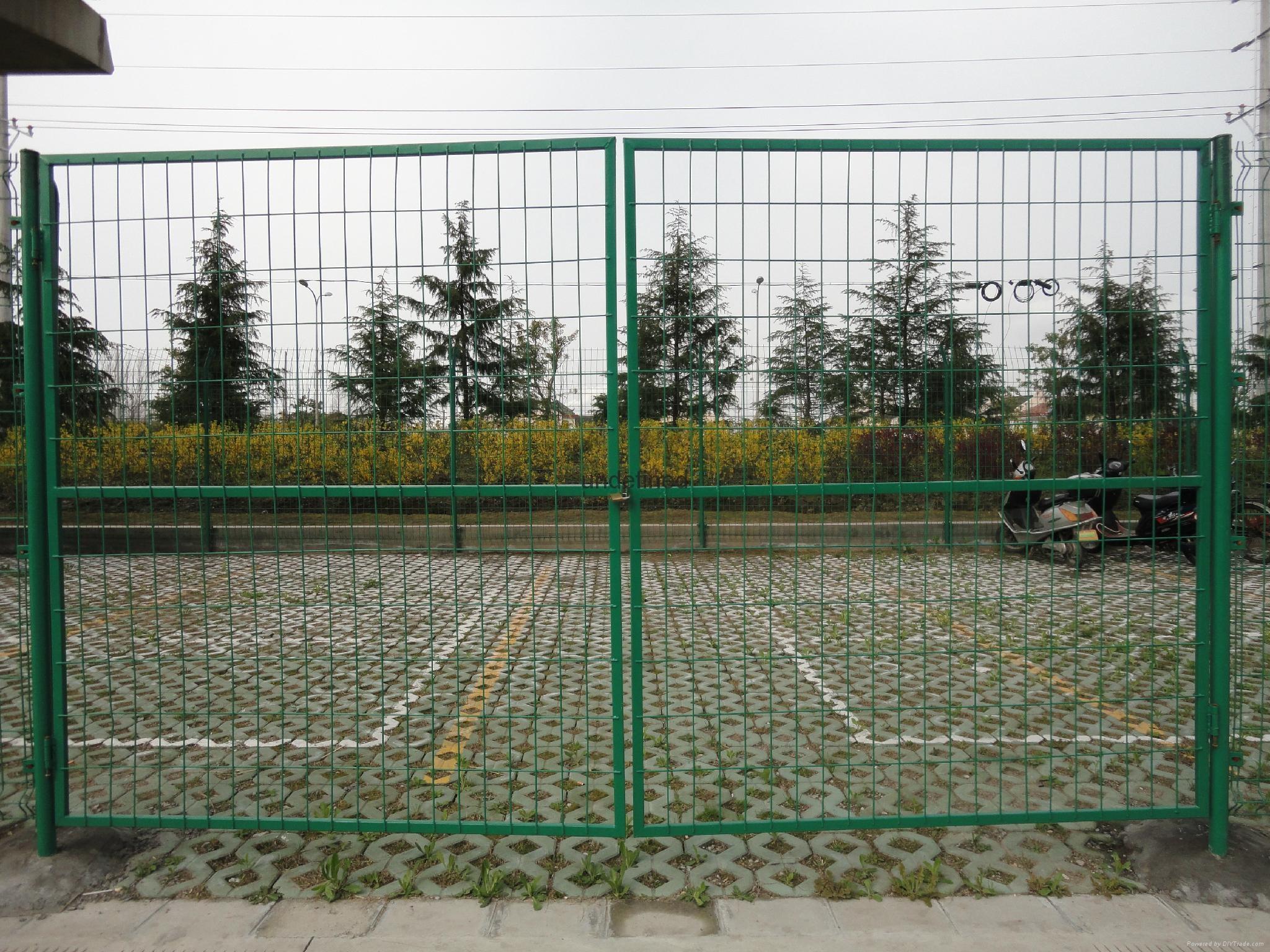 金屬網片防護柵欄 1