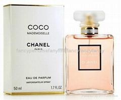 高质量名牌欧美香水,女生香水,工厂直销批发零售