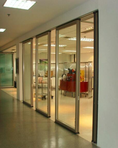 85型有框玻璃活动屏风 2