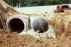 pneumatic tubular form used for making concrete culvert