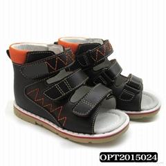 Children orthopedic shoes