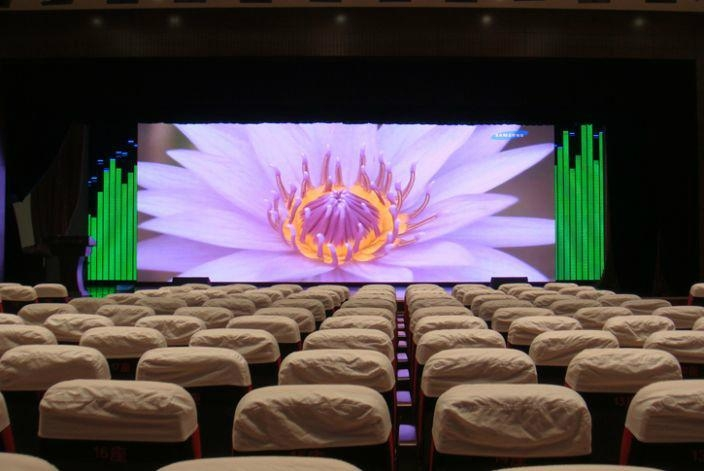 PH3 indoor full color led display 1