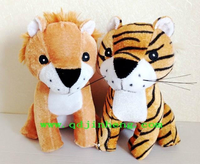 18CM坐姿填充狮子和老虎 1