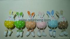 大肚子吊長腿兔子春天顏色