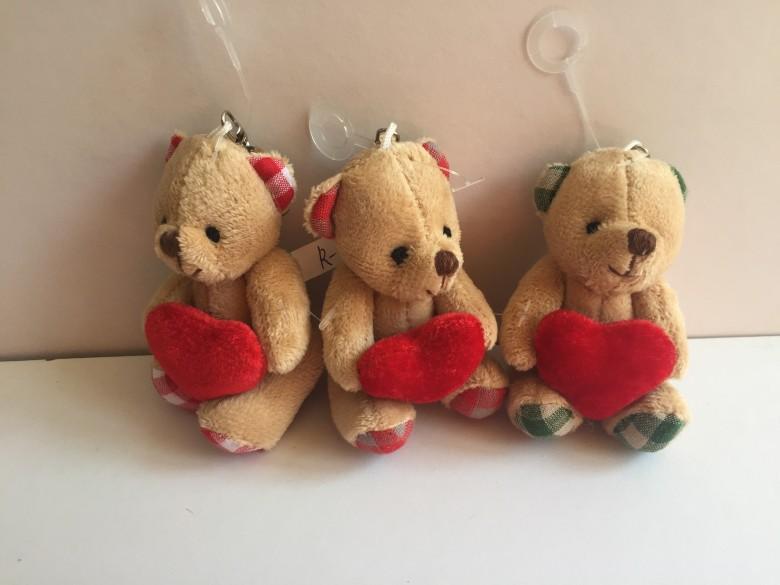 抱心小熊 3