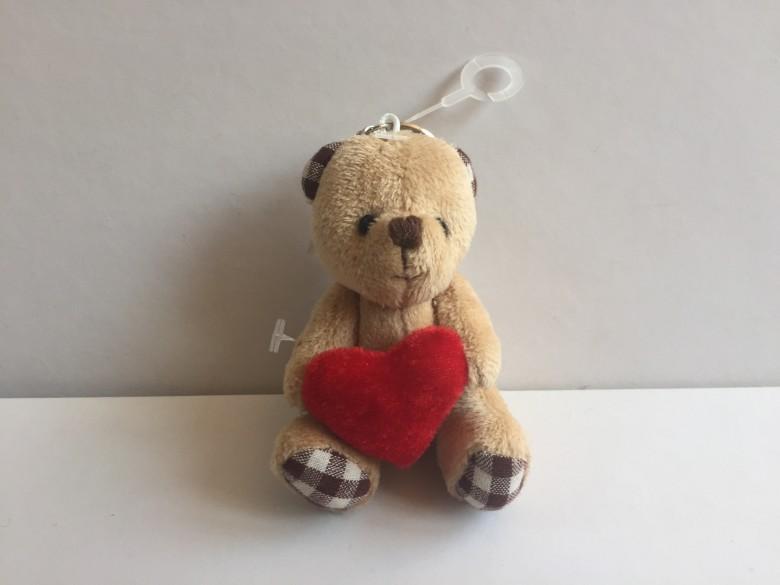 抱心小熊 4