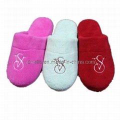 Long Plush Ladies Winter Soft Indoor Slippers