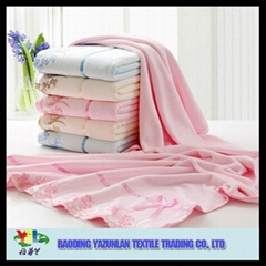 Luxury microfiber soft bath towel with lace edge