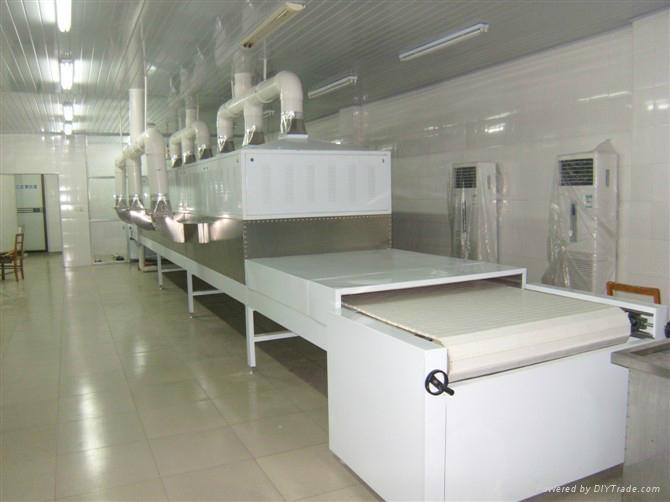 黃粉虫微波烘乾設備 1