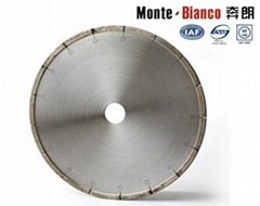 Diamond saw blades for cutting tools