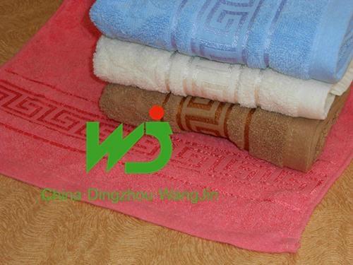hotel white bath towel 3