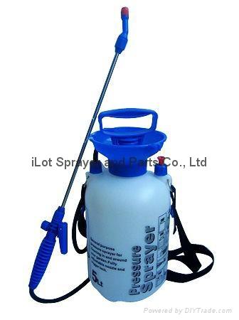 5L Garden Pressure Sprayer with funnel 1