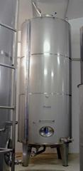 Olive oil tanks