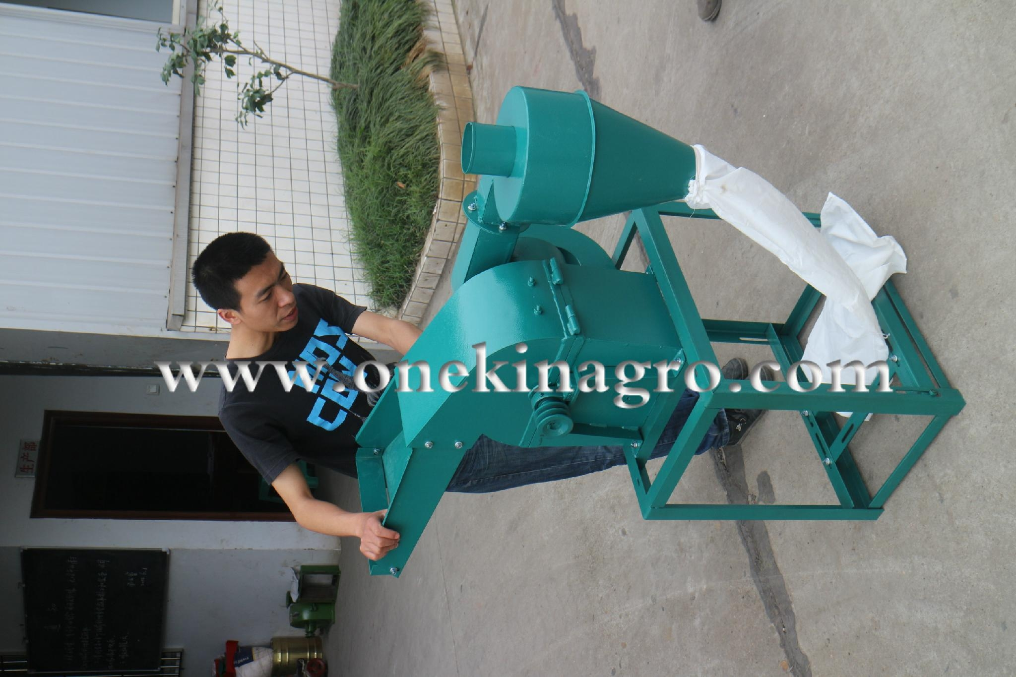 Agricultural Hammer Mill Machine 4