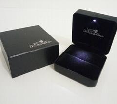 韩式 高档LED拉丝纹珠宝盒礼品盒