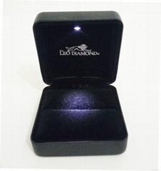 韓式高檔LED拉絲紋珠寶盒