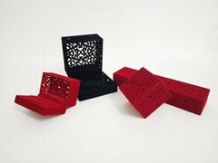 精美镂空绒布珠宝首饰盒