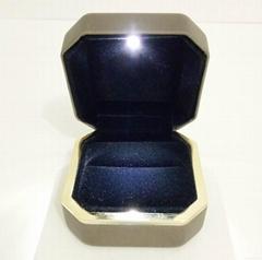 高檔LED燈珠寶首飾盒